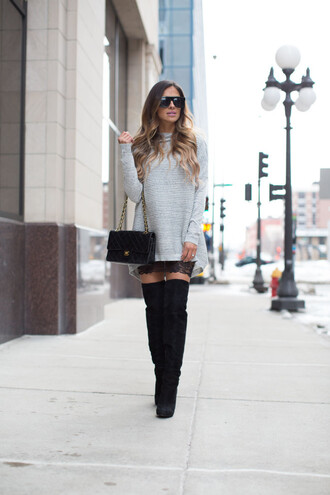 maria vizuete mia mia mine blogger sunglasses chanel bag long line dress sweater knitted sweater thigh high boots