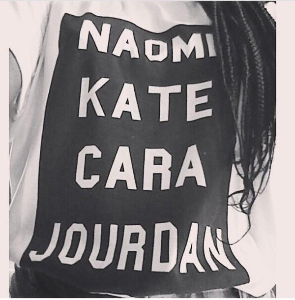 t-shirt t-shirt with print cara delevingne cara delevingne naomi campbell fashion