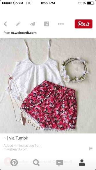 shorts red floral shorts hair accessory jewels