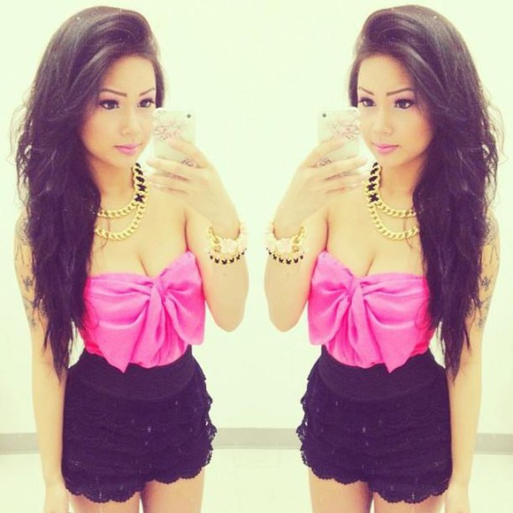 bows shorts bow top tank top pink pink tank top lace shorts gold chain chain black lace blouse