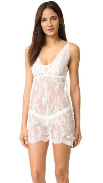 light lace underwear
