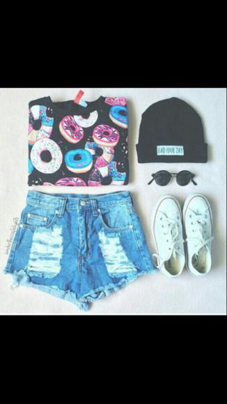 jeans converse t-shirt donut sunglasses