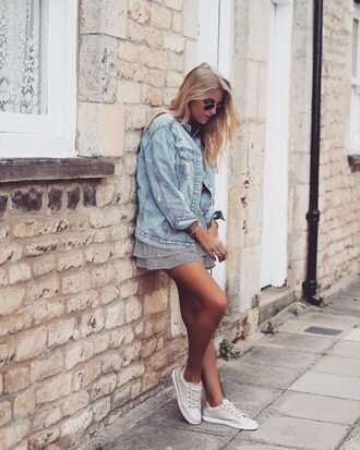 jacket tumblr denim denim jacket blue jeans dress mini dress stripes striped dress sneakers white sneakers low top sneakers sunglasses