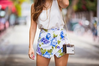 skorts summer outfits floral shorts white spring cute blogger fashion roses