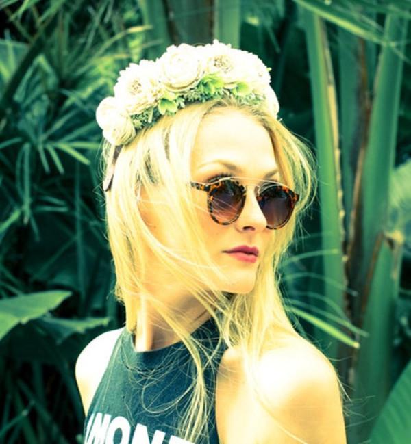 sunglasses sunnies shades eyewear round gold tortoise