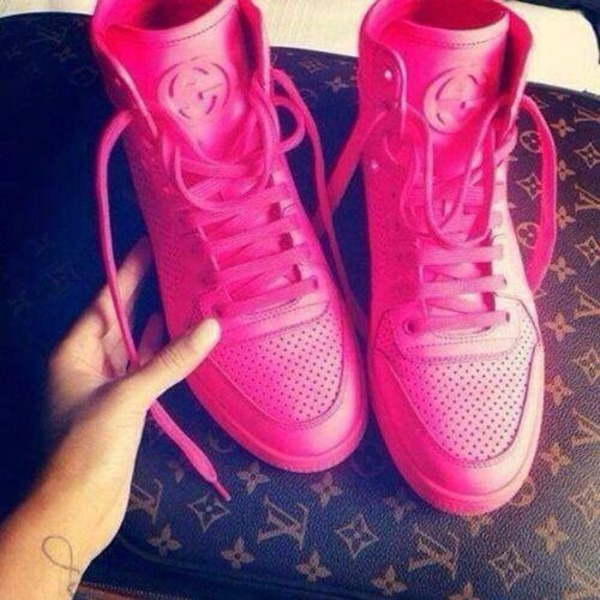 shoes gucci high top sneakers pink neon