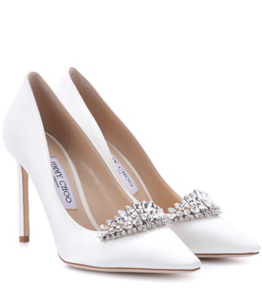 100 pumps satin white shoes