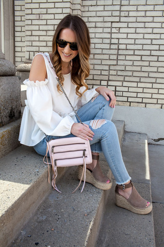 twenties girl style blogger top jeans shoes bag sunglasses jewels cut out shoulder espadrilles wedges spring outfits white blouse