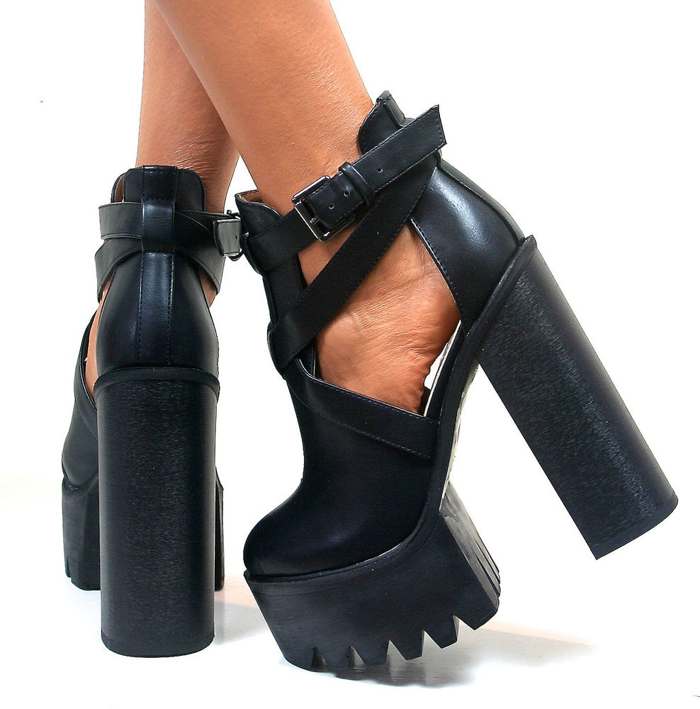 WOMENS LADIES CLEATED CHUNKY SOLE PLATFORM BLOCK HIGH HEEL GOTH BOOTS SHOES SIZE