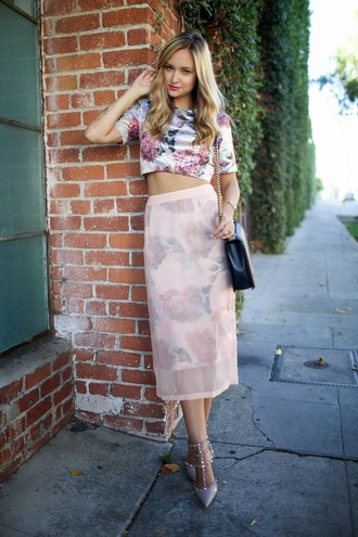 late afternoon blogger skirt top shoes bag jewels floral midi skirt