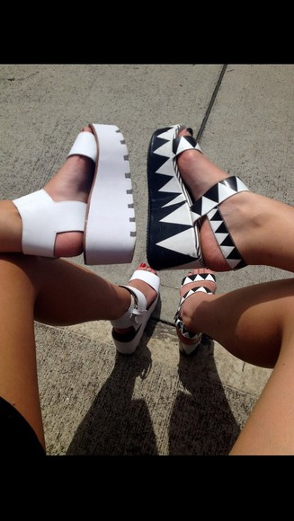 shoes platform shoes tumblr clothes blogger style black&white high heels streetstyle urban streetwear