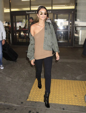 sweater,one shoulder,emily ratajkowski,jacket,fall outfits,model off-duty