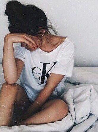 top calvin klein white t-shirt