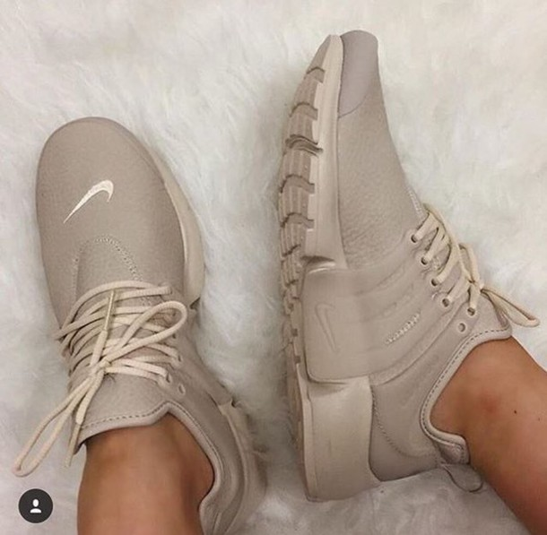 nike beige shoes