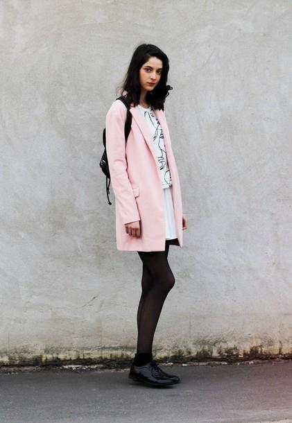 mes memos blogger pink coat white skirt white sweater sweater coat skirt shoes