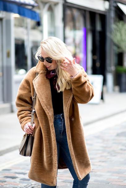 741421c417f coat tumblr camel camel coat fur coat fluffy fuzzy coat top black top scarf  sunglasses denim