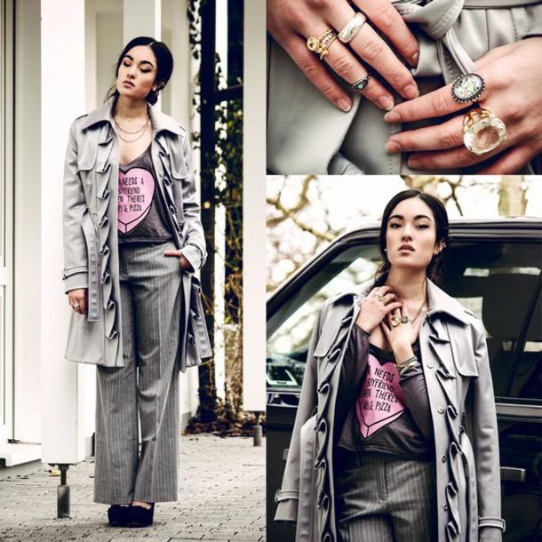 alessandra kamaile blogger striped pants heart grey coat