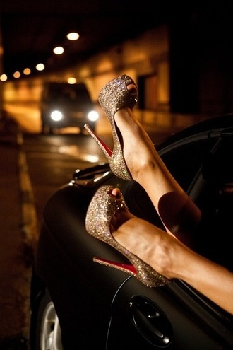 shoes pretty sprakles gold red glitter high heels
