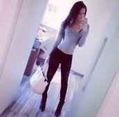 pants,black,ripped jeans,shirt,bag