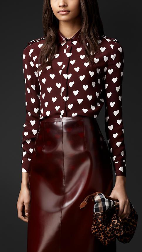 rubber collar heart print shirt burberry