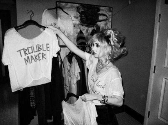 shirt trouble maker white shortsleeve crop tops writting cute grunge punk