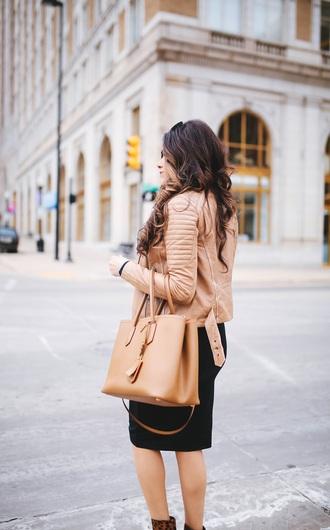 jacket tumblr beige jacket brown leather jacket leather jacket bag beige bag tote bag skirt midi skirt black skirt