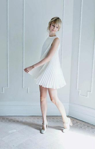 white dress pleated dress