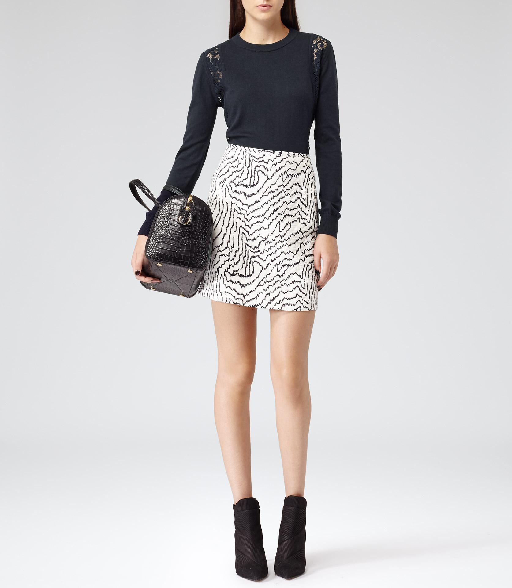 Salma Cream/navy Abstract Print Mini Skirt - REISS