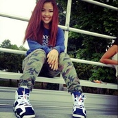 smile,cute,dope,swag,red hair,straight hair,sweater,camouflage,camo pants,pants,shoes,carmine 6s,socks