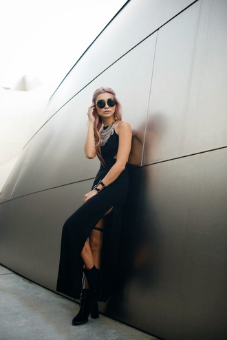 the blvck sheep blogger round sunglasses slit dress black dress statement necklace soft grunge