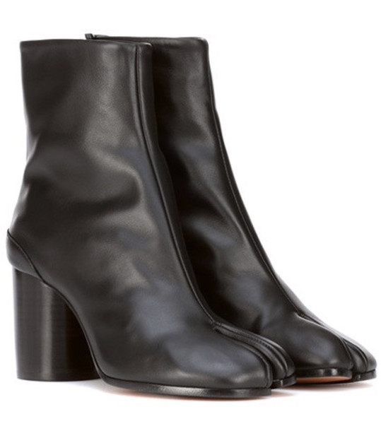 Maison Margiela Tabi leather ankle boots in black