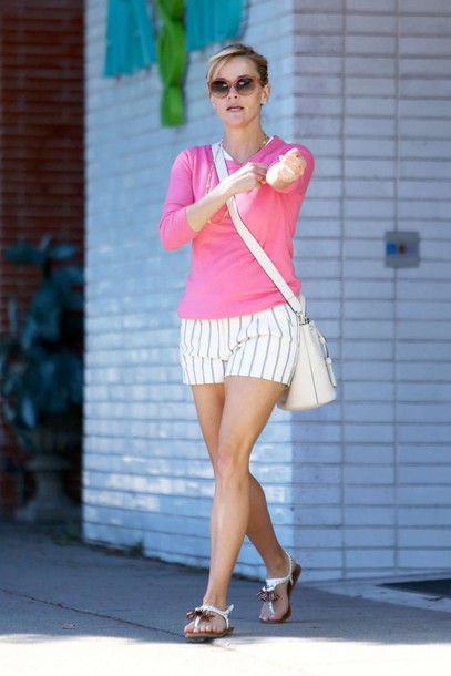 shorts sandals top reese witherspoon summer outfits