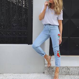 jeans tumblr embroidered jeans embroidered light blue jeans denim t-shirt white t-shirt necklace gold necklace jewelry gold jewelry sandals sandal heels high heel sandals spring outfits rose embroidered white
