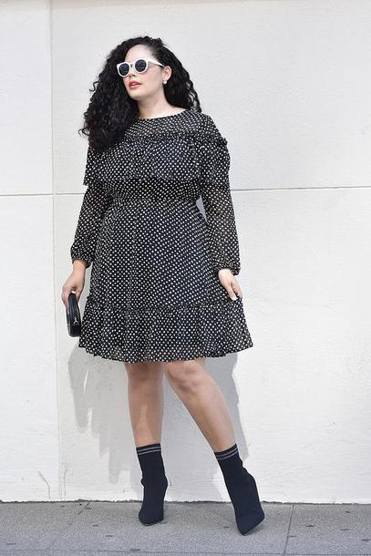 girl with curves blogger dress shoes bag sunglasses jewels make-up