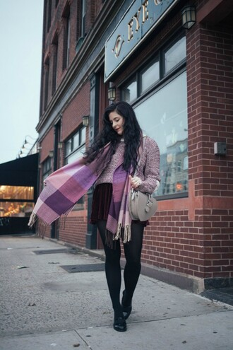 noelles favorite things blogger scarf bag coat sweater skirt