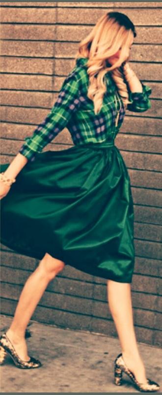 skirt green top green skirt chemise midi skirt golden shoes high heels sparkles