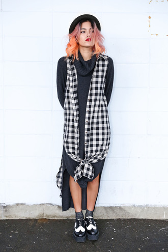 xander vintage blogger sweater dress turtleneck dress gingham dress shoes