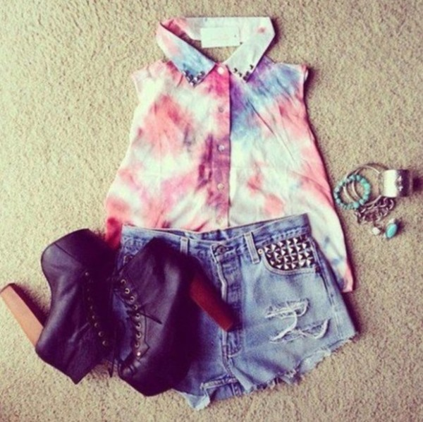 blouse tie dye sleeveless blouse studded denim shorts chunky heels high heels boots cute shoes