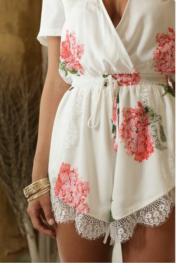 dress floral dress romper floral floral romper white pink lace shorts summer dress summer outfits jewels lace romper white lace