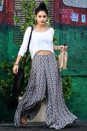 pants,palazzo pants,hippie,boho,flowers,printed pants,bag,floral pants,vanessa hudgens,bohemian,white top,fashion,celebrity style