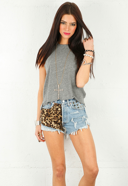 Chaser Cropped Muscle Tee | SINGER22.com