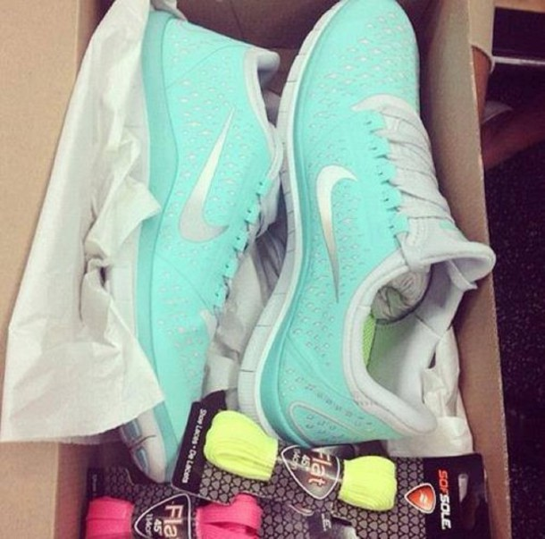 shoes nike nike shoes running shoes mint nike sneakers nike running shoes  light blue pretty trainers