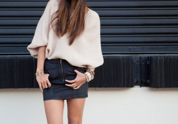 black zippers leather skirt pencil skirt tight gold sweater baggy short sleeve beige tucked in