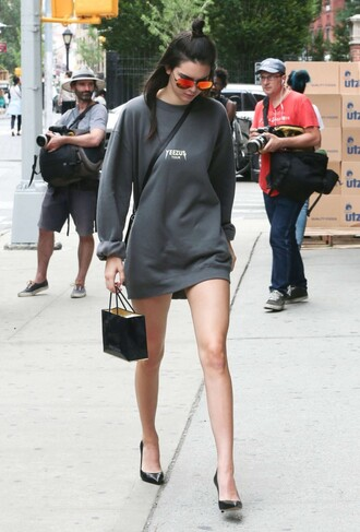 sweater sweatshirt tunic oversized kendall jenner pumps