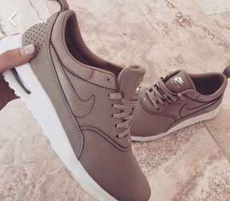 shoes nike nike running shoes brown nike shoes nike sneakers tumblr cute style nike nude air max nude beige nude nike air thea nude sneakers brown nike air thea low top sneakers tan beige nude nike theas nike air max thea sneakers beige nike thea