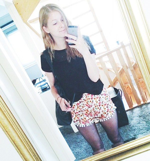 swag streetstyle stylemoi summer outfits pom pom shorts shorts