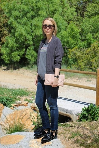 mafalda jacket t-shirt jeans shoes bag jewels sunglasses