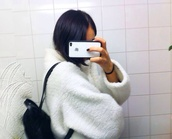 jacket,white,sweater,coat,cream,white coat,bag,black bag coat,fluffy,wool,warm