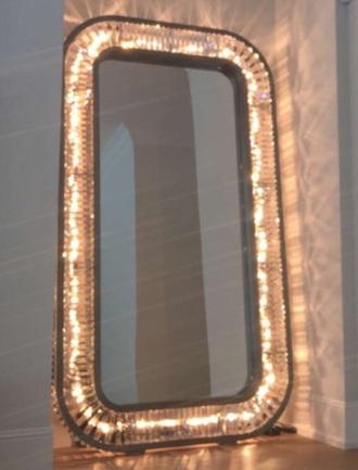 home accessory mirror light
