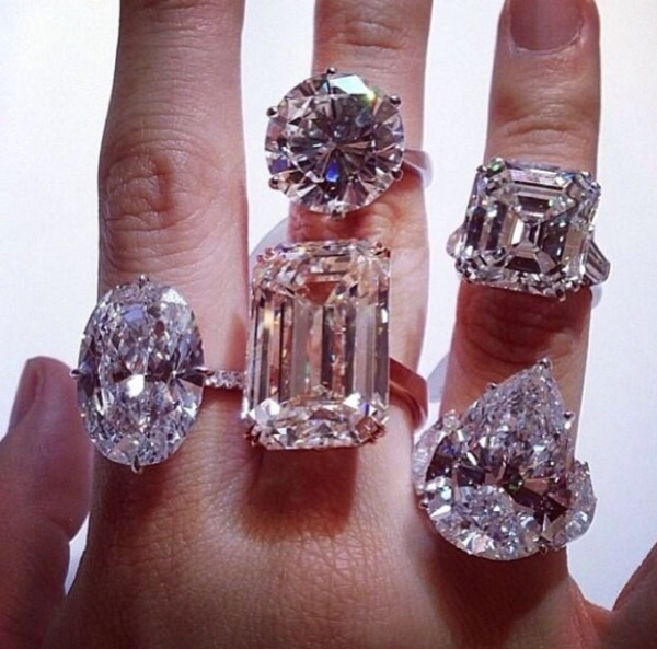 84abe9b8f2ee3 18K White Gold GP Big Swarovski Crystal Ladies Gift Wedding ...